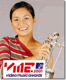 Kyla is the only Filipina female artist who can brag about having a moonman!